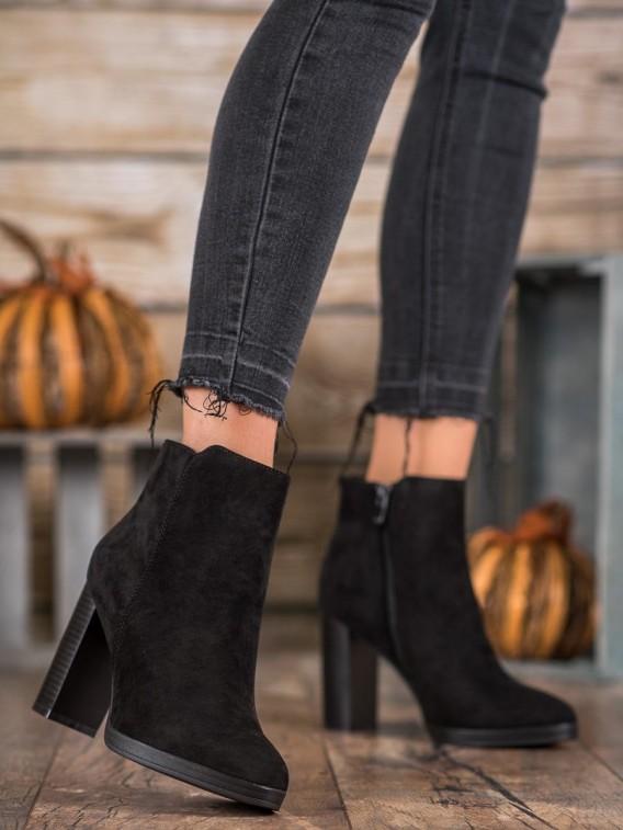 Módne topánky na podpätku