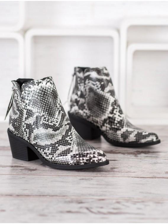 Topánky s hadím vzorom
