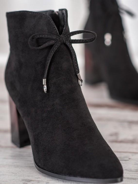Topánky s mašľou