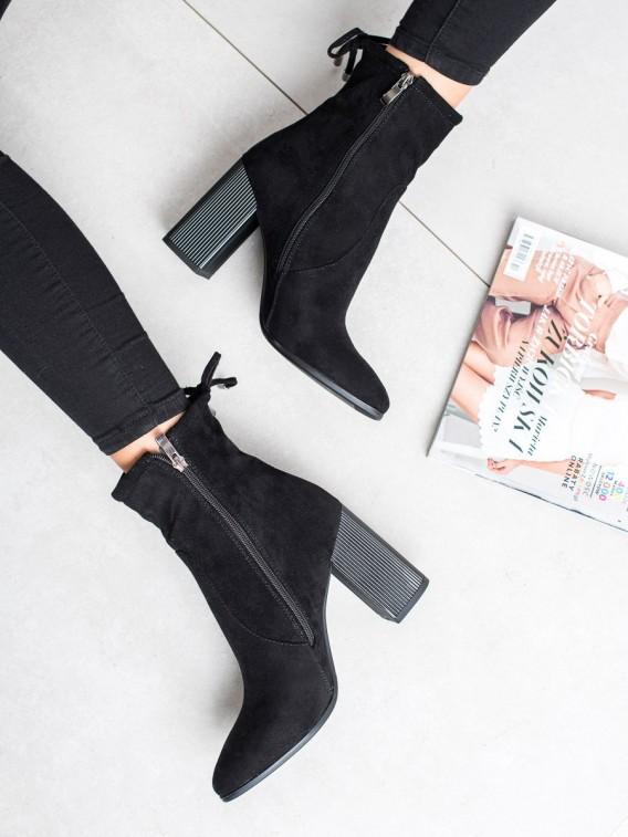 Semišové členkové topánky s mašľou