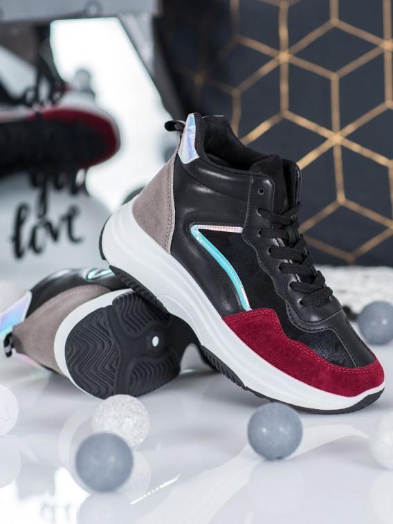 Vysoké športové topánky na platforme