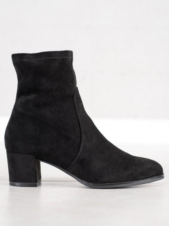 Elegantné členkové topánky na stĺpci