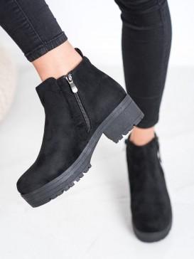 Čierne členkové topánky n a platforme