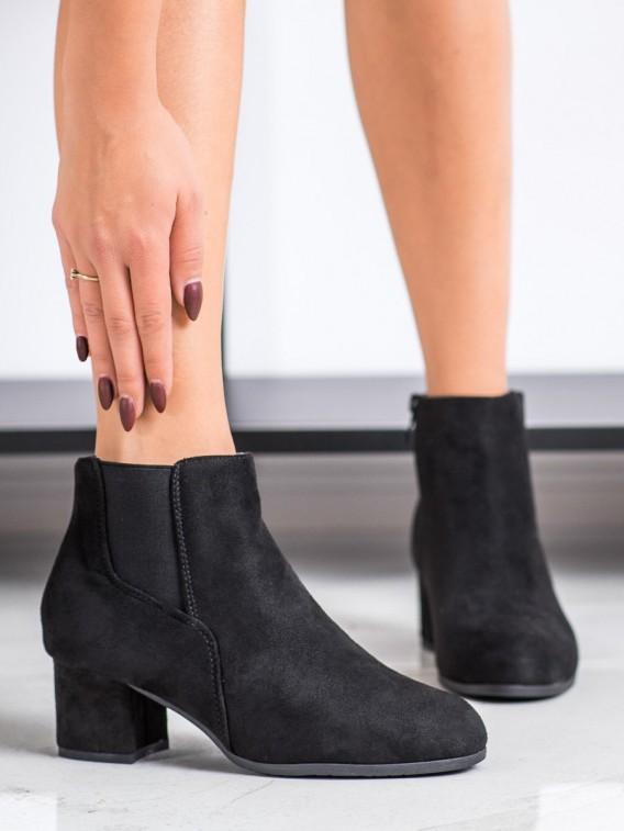 Klasické členkové topánky