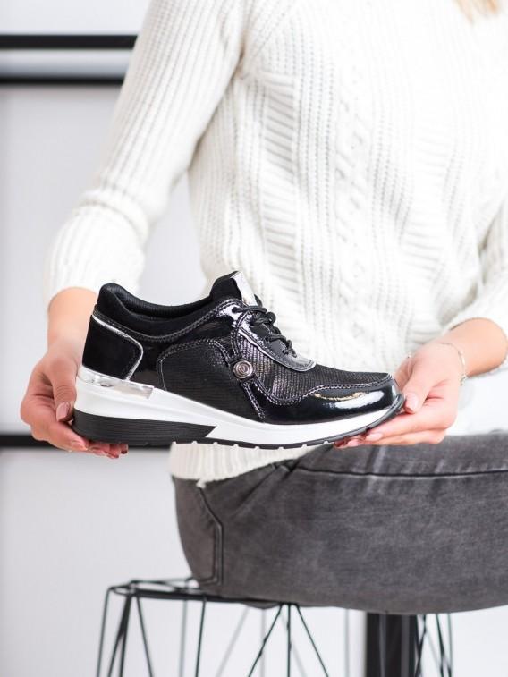 Kožené sneakersy