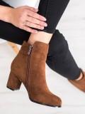 Módne hnedé topánky