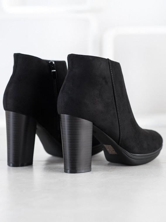 Nízke členkové topánky na podpätku