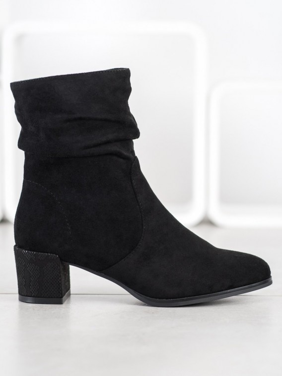 Vysoké členkové módne topánky