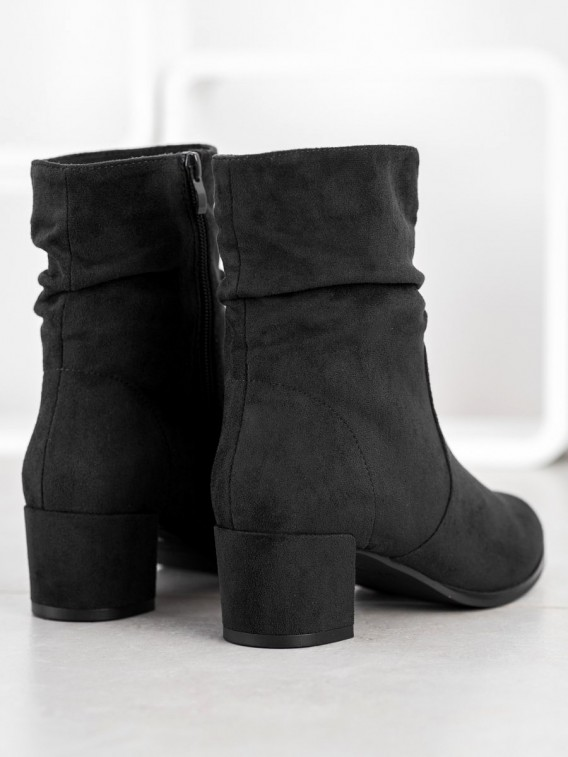 Vysoké členkové topánky