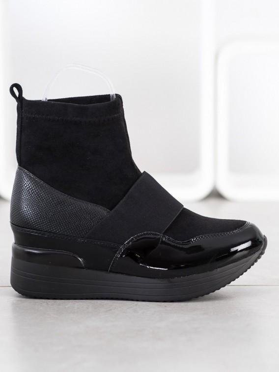 Nasúvacie módne topánky