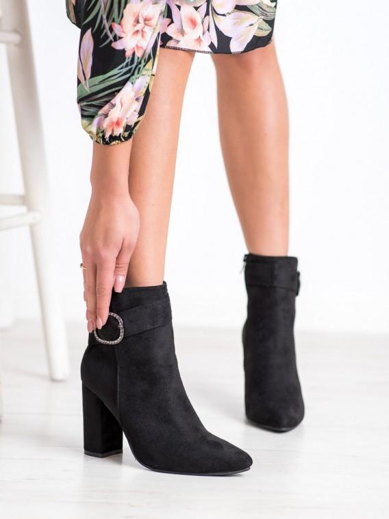 Elegantné topánky s prackou