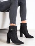 Elegantné členkové topánky do špičky