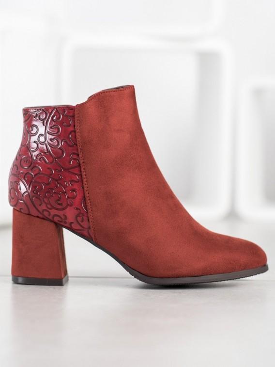 Bordové topánky so vzorom