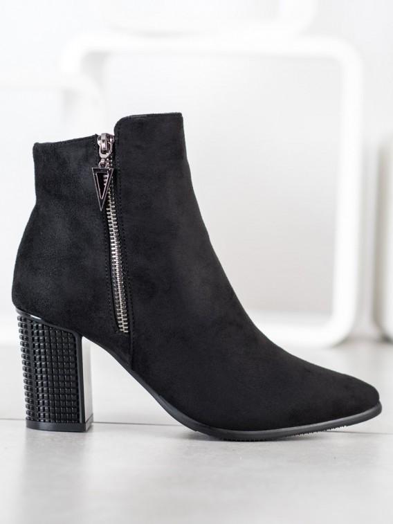 Štýlové topánky s ozdobným podpätkom