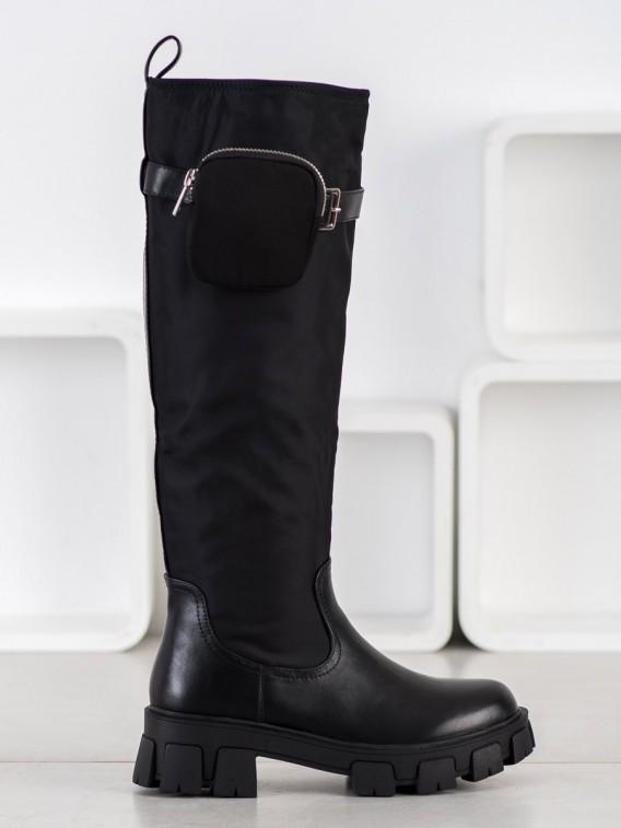 Čierne čižmy s vreckom