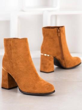 Členkové topánky so zlatým detailom