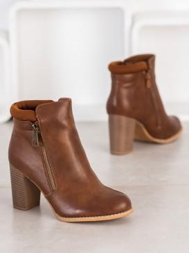 Klasické členkové topánky na zips