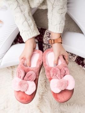 Ružové papuče s uškami