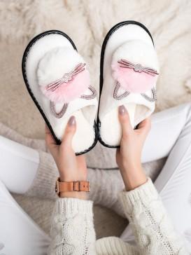 Papuče s kamienkami