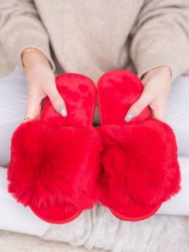 Štýlové červená papuče