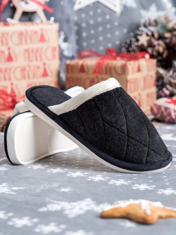 Klasické čierne papuče