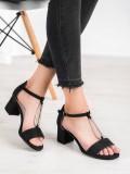 Elegantné sandále na podpätku