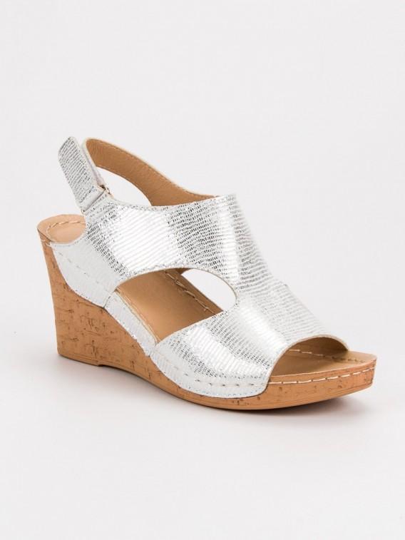 Strieborné sandále na kline