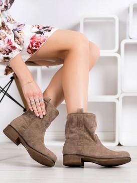 Nazúvacie semišové topánky