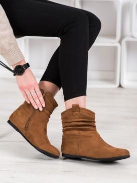 Neformálne semišové členkové topánky