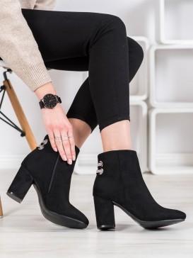 Elegantné členkové topánky s kamienkami