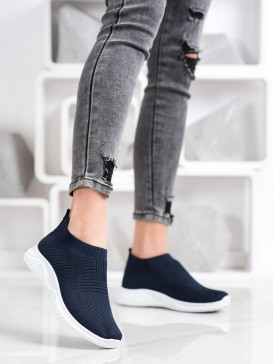 Tmavomodré športové topánky