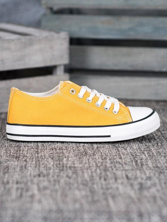 Klasické žlté tenisky