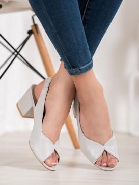 Neformálne sandálky na podpätku