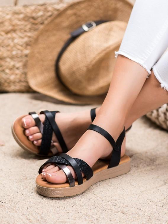 Štýlove sandálky z eko kože