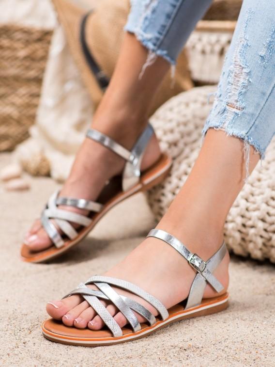 Klasické strieborné sandálky