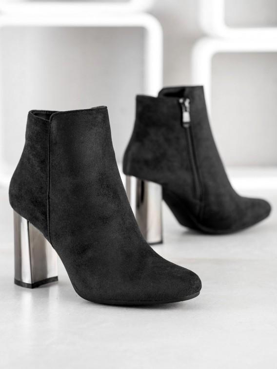 Členkové topánky so strieborným podpätkom