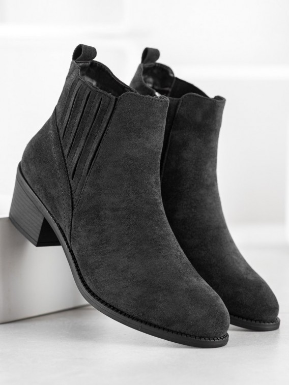 Zateplené členkové topánky zo semišu