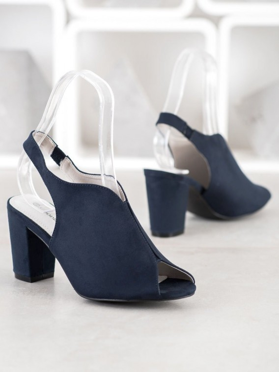 Sandálky na stĺpci