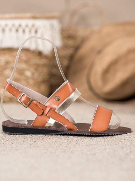 Pohodlné neformálne sandálky