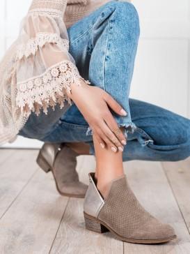 Dierkované členkové topánky na jar