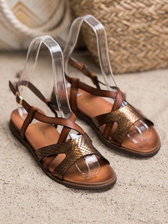 Neformálne sandálky