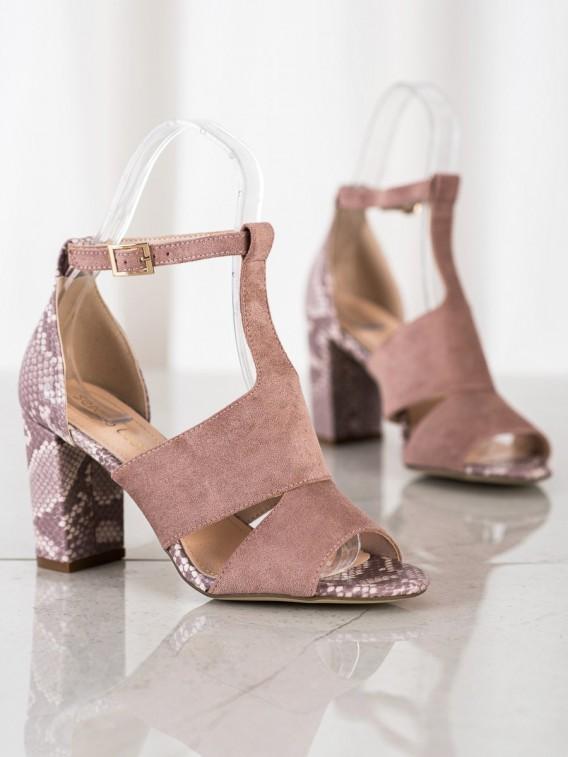 Sandálky