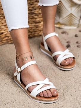 Pohodlné biele sandálky