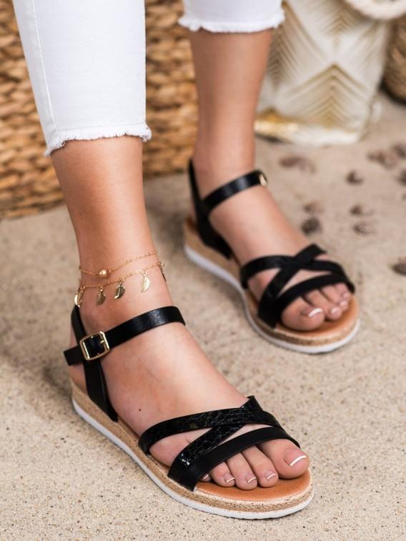 Pohodlné čierne sandálky