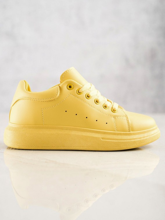 Žlté tenisky na platforme
