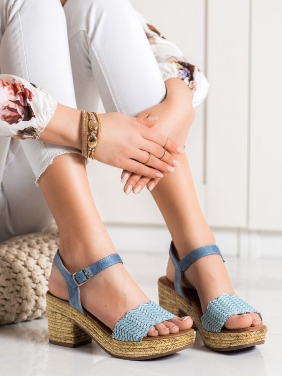 Sandálky na širokom stĺpci