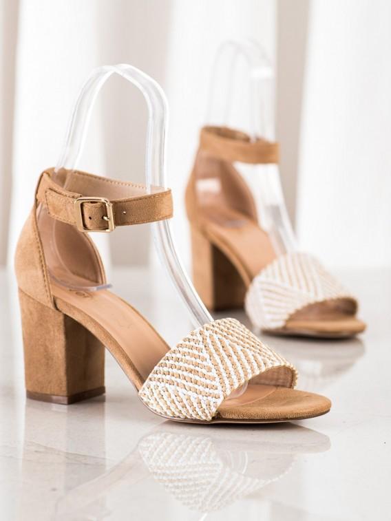Pletené sandálky na podpätku