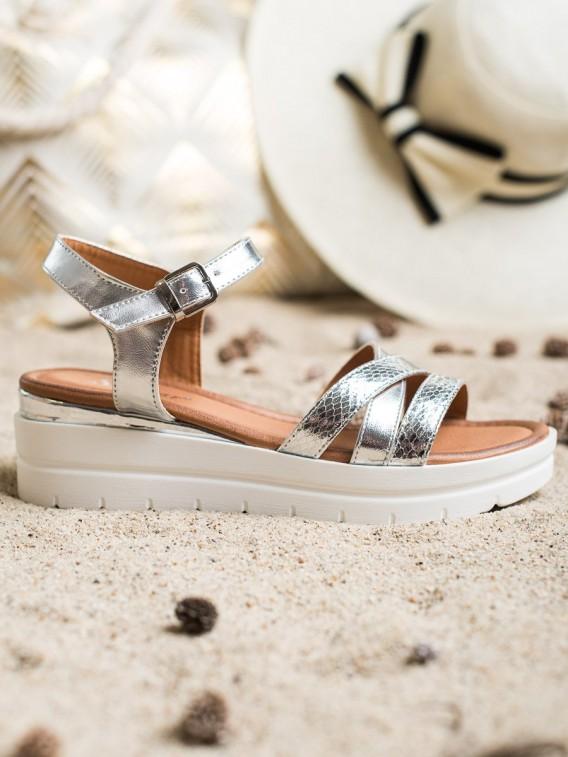 Sandálky na platforme
