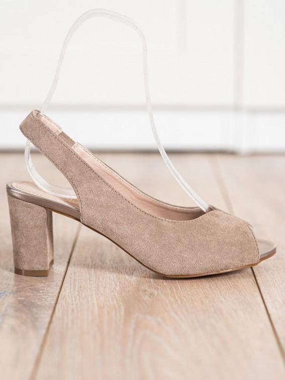 Semišové sandálky na stĺpci