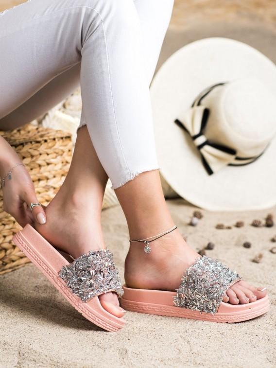 Šľapky s kryštálmi Fashion